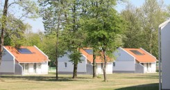 Description of apartments and bungalows: Our apartments are located in two-storey buildings, in an environment with landscape gardening, separated form the other camping sites. Floor space in the smallest one...