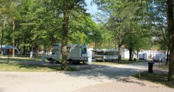 Tent site: Located around the caravan and trailer site, on a green area. Open: all year, uninterruptedly. Price list